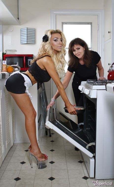 Pin By Mgr On Domestic Engineer Courtney Stodden