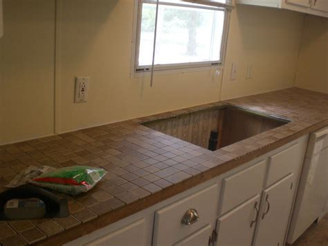 tiling kitchen countertops laminate tiling laminate countertops part one of my trailer 8526
