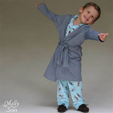 patron gratuit une robe de chambre pour enfants