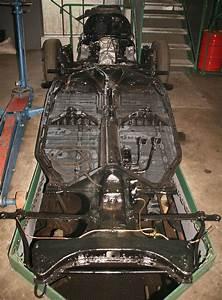 VW Käfer 1303 LS, Baujahr 1973 - Holucar Oldtimerrestaurierung