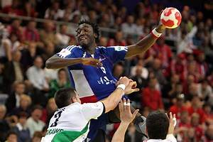 File:FRA vs HUN (01) - 2010 European Men's Handball ...
