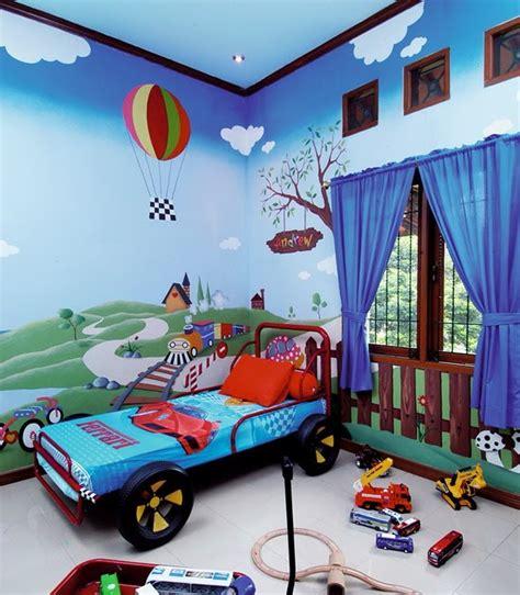 hauptundneben mendesain kamar tidur anak laki laki