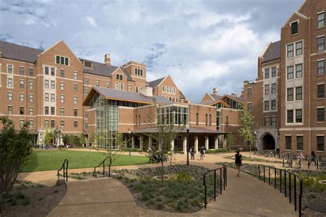 vanderbilt university warren  moore colleges