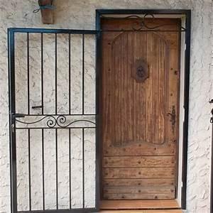 Grille pour porte d entree aix en provence la petite forge for Grille porte d entrée fer forgé