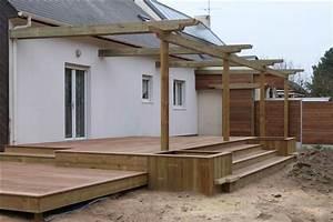 terrasse en bois avec plusieurs niveaux et pergola With terrasse bois avec pergola