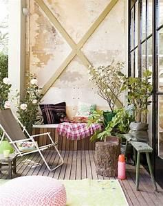Grüner Teppich Für Balkon : 1001 ideen zum thema schmalen balkon gestalten und einrichten strandstuhl balkon deko und ~ Bigdaddyawards.com Haus und Dekorationen