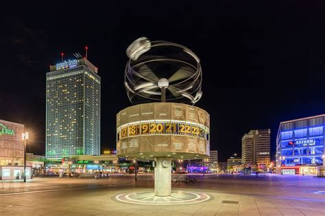 world clock alexanderplatz wikipedia