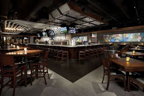 yard house boston cincy restaurant hiring more than 200 for new location