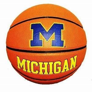 PeopleQuiz - Trivia Quiz - Michigan Wolverines Men's ...