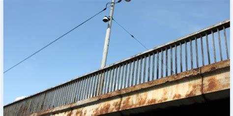 Izsolīs vecās tilta margas   Brīvā Daugava