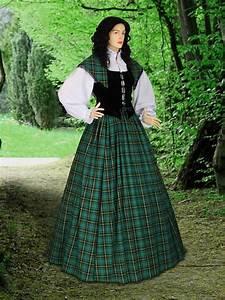 traditional scottish dress tartan highland renaissance With robes ecossaises