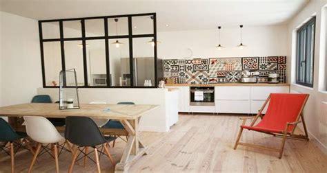 cuisine ouverte avec bar sur salon cuisine ouverte ou semi ouverte avec verrière ou bar
