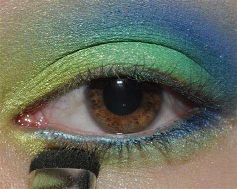 tutorial tropical paradise green teal blue eyes