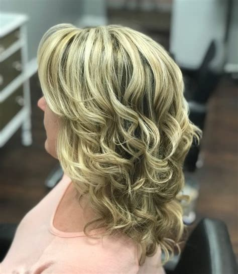 mother of the bride hairstyles 26 elegant looks for 2019