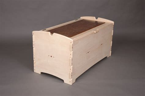 handmade blanket chest  jack reynolds woodworking