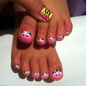 Kids Nail Art; Cute Little Cows on Precious Feet. But a ...