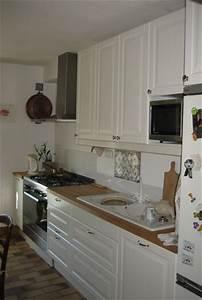 repeindre sa cuisine en blanc afficher les 8 la cuisine With peindre des poutres en bois 18 repeindre cuisine en gris cuisine gris de sude brosser