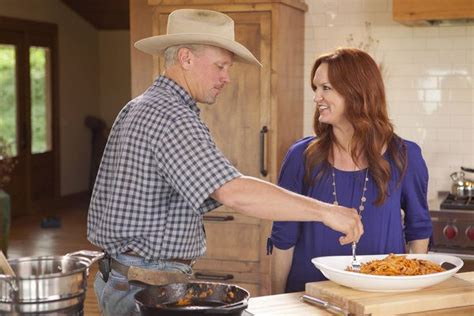 how did ree and ladd drummond meet ree drummond husband ree drummond and her husband in the pioneer woman photo the pioneer