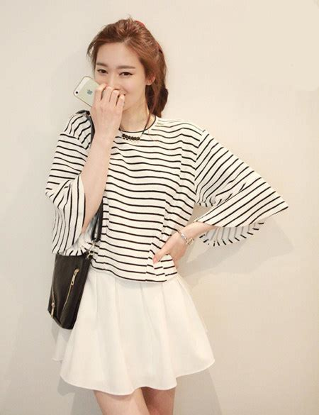 korean fashion women 2 piece dress striped top and white