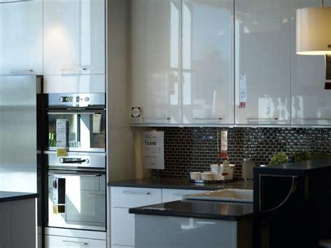 black shiny kitchen cabinets cuisine blanche laqu 233 e 99 exemples modernes et 233 l 233 gants 4743
