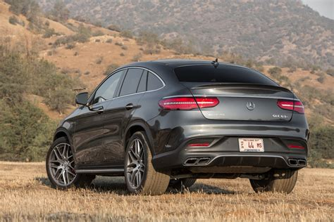 It has an exceptionally elegant cabin with plenty of. Mercedes-Benz GLE-Class: 2016 Motor Trend SUV of the Year ...