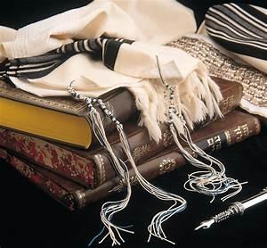 Tassels on Tzitzit or Tallit in Jewish Religion