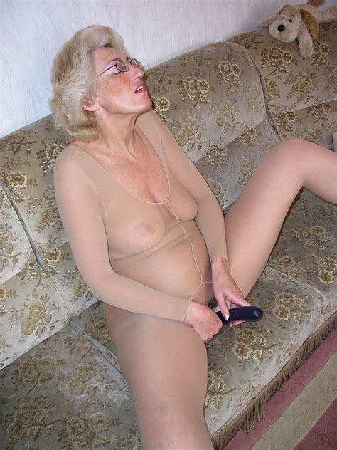 Ina Mature Porn Photo
