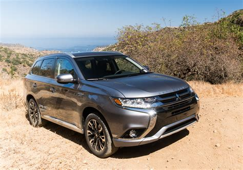 "2018 Mitsubishi Outlander Phev First Drive Ev = ""electric"