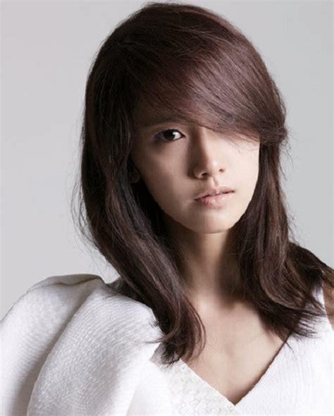 gambar model rambut sebahu wanita korea  tampil