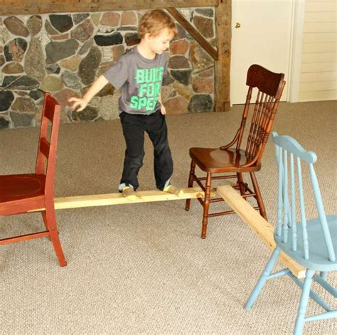 a balancing indoor activity for toddlers on as we grow 940 | HOAWG Balance 1