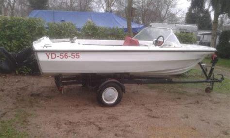 Speedboot Zonder Motor Te Koop te koop speedboot zonder motor met trailer advertentie