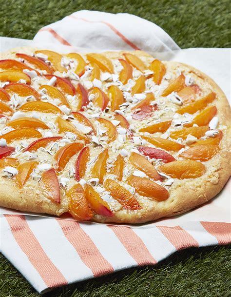 2 cuisine avec michalak pizza sucrée abricot dragées de christophe michalak pour 8