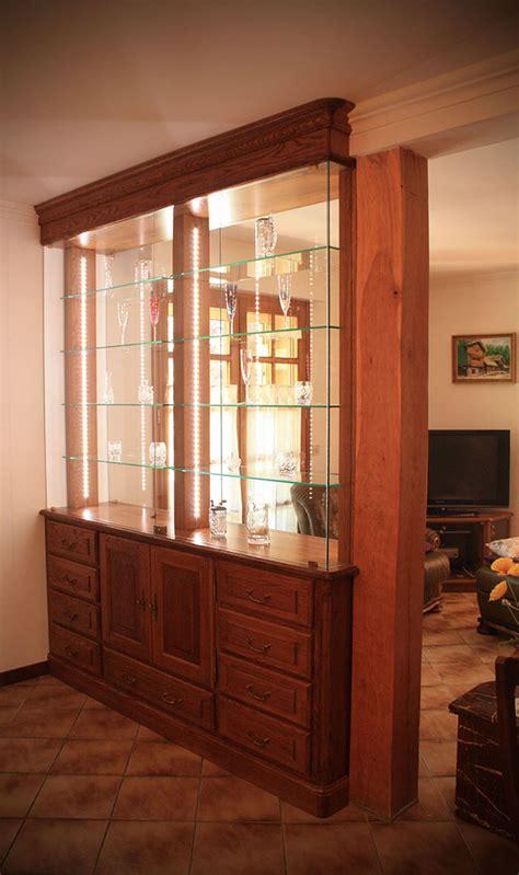 vitrine cuisine vitrine séparation en chêne teinté verni éclairage leds