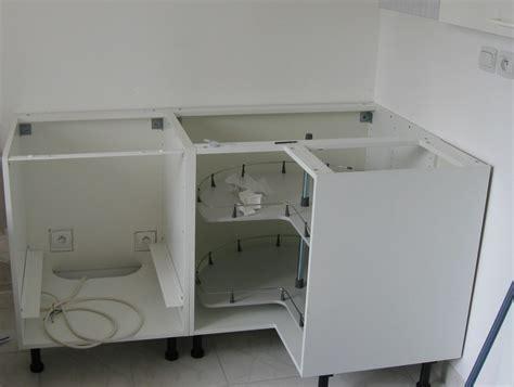 cuisine d angle ikea meuble de cuisine d angle agrandir un meuble du0027angle pour une utilisation maximum de de la