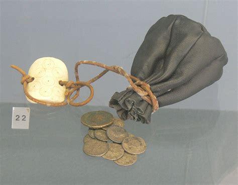 coin purse wikipedia