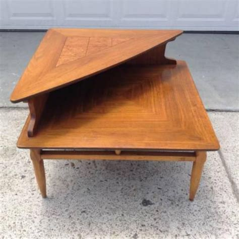 mid century modern coffee table book 45 best book stand images on pinterest modern coffee