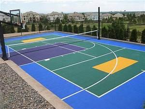MULTI-PURPOSE SPORT COURT! Basketball, Volleyball, Hockey ...
