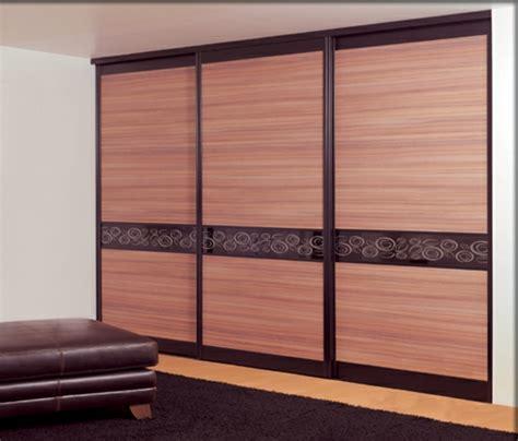 modèles de placards de chambre à coucher la porte de placard coulissante 104 cool modèles