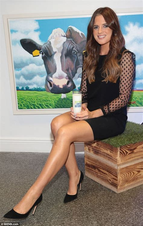 binky felstead flashes cleavage  plunge dress daily