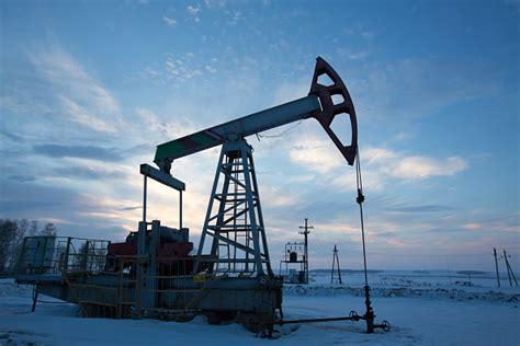Precios del petróleo tienen un comportamiento mixto ...