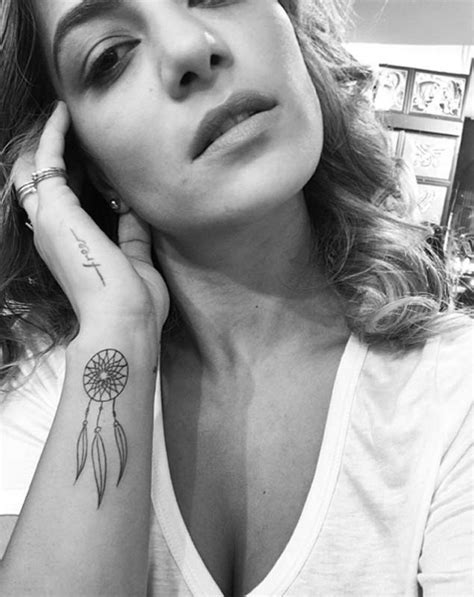 50 Gorgeous Dreamcatcher Tattoos Done Right - TattooBlend