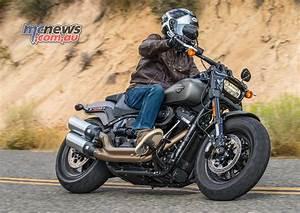 Harley Fat Bob 2018 : harley davidson 2018 softails motorcycle tests mcnews ~ Kayakingforconservation.com Haus und Dekorationen