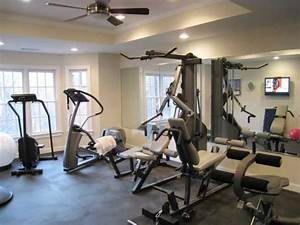 Home gyms in any space hgtv for Hgtv home designhome gym design ideas