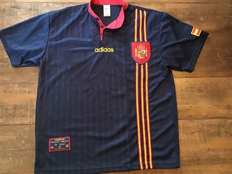 Classic Football Shirts | 1996 Spain Vintage Old Jerseys