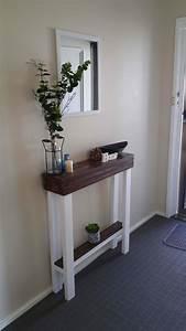 Entry, Hallway, Table, U2022, 1001, Pallets