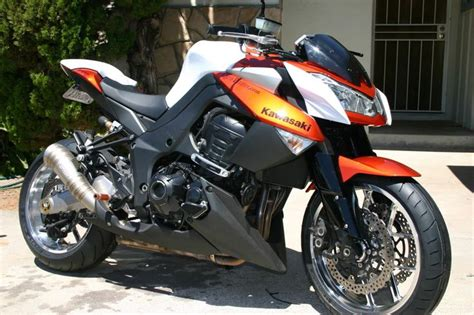 90 Best Images About Kawasaki Z1000 2010/13 On Pinterest