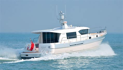 Small Boat New England Cruises by Hardy Marine British Built Motor Boats And Motor Yachts