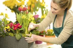 Kitchen Furniture List Selecting A Wedding Florist Articles Easy Weddings