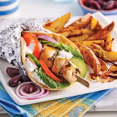 pitas souvlaki au poulet recettes cuisine et nutrition