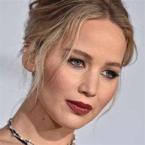 Jennifer Lawrence Rips Out Her Own Heart In 'mother
